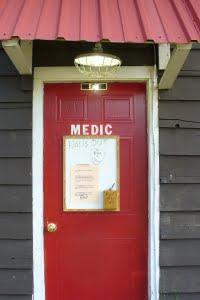 medic door