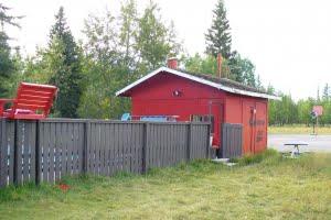 swimming pool hut